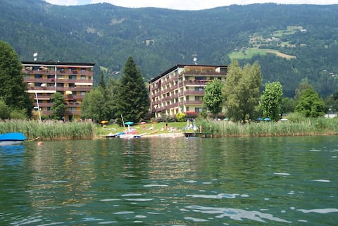 Apartment on Lake Ossiach - private beach access