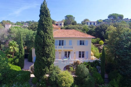 Luxury and spacious villa close to St. Tropez - La Croix-Valmer