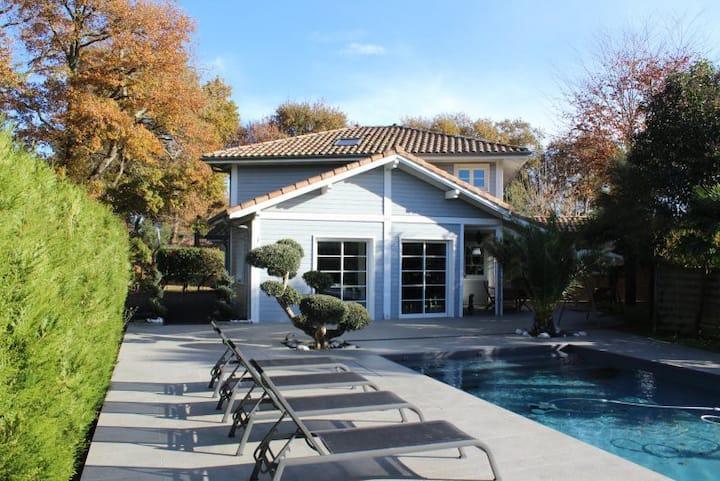 villa KAWAI avec piscine proche océan