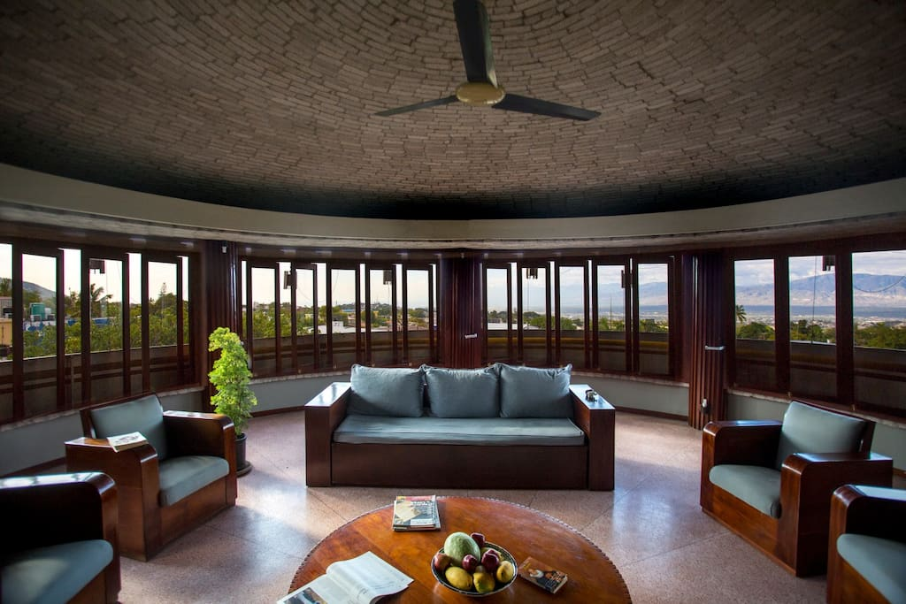 Living room with a spectacular view through the wrap around windows
