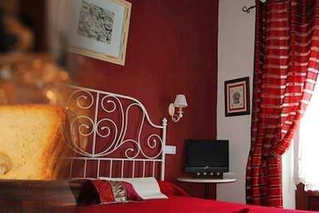 Casa Parcialmente Restaurada - Sahagún