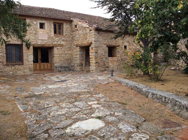 Casa de la Abuela - Torre Val  - Hus