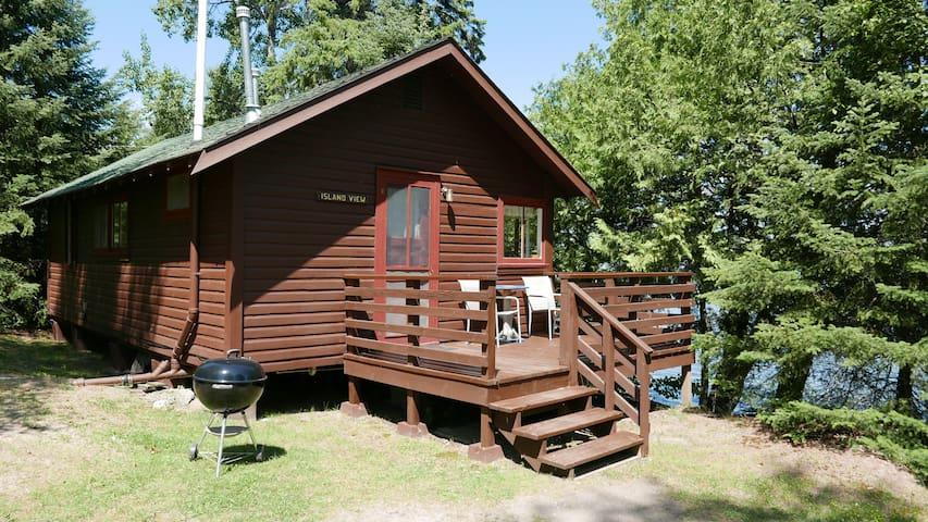 Island View - Grey Wolf Lodge