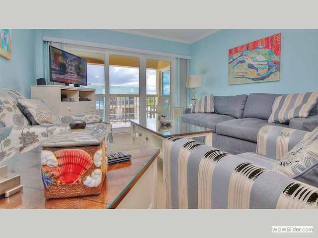 WV504 - Freshly Updated Indian Shores Condo with Beach Access Right Across the Street - Indian Shores - Condominium