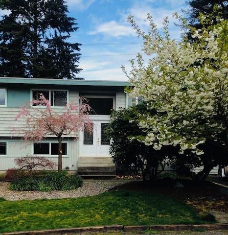●▽●西雅图出租 Kirkland private room 环境安静┈━═☆