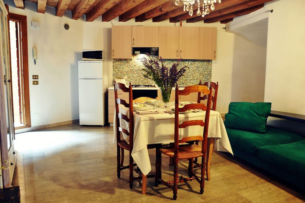 Casa terraglio castello parcheggio appartamenti in for Appartamenti arredati affitto bassano del grappa