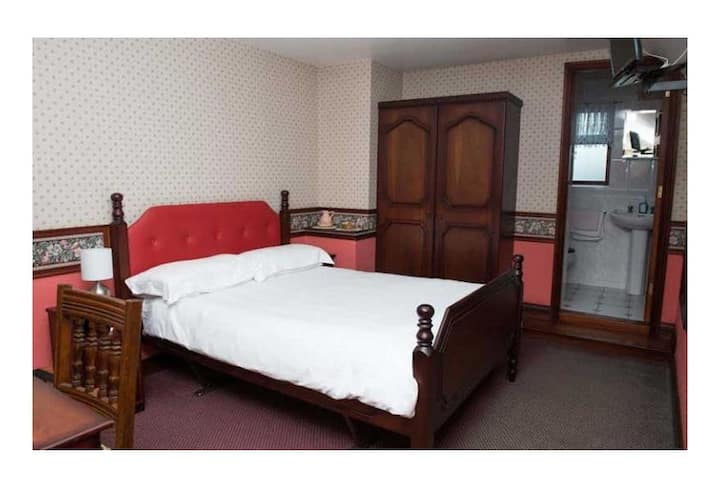 Creeve House Country Guest Inn Bedroom 2