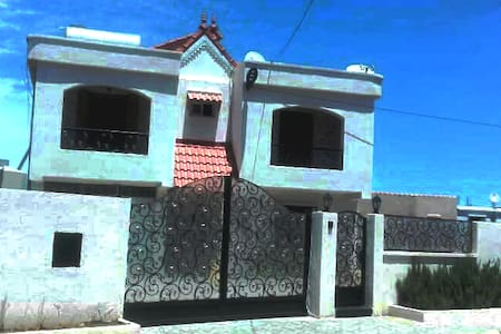 Location niveau de villa T3 Beniksila w. Bejaia