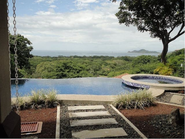 Villa with Unobstructed view - Playa Hermosa - Haus