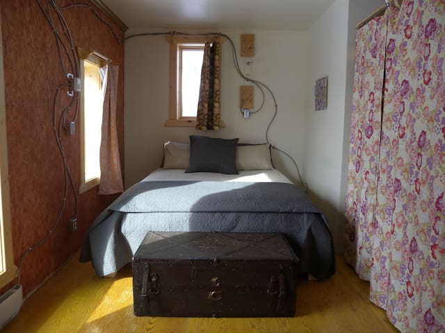 Queen Bed with brand new mattress