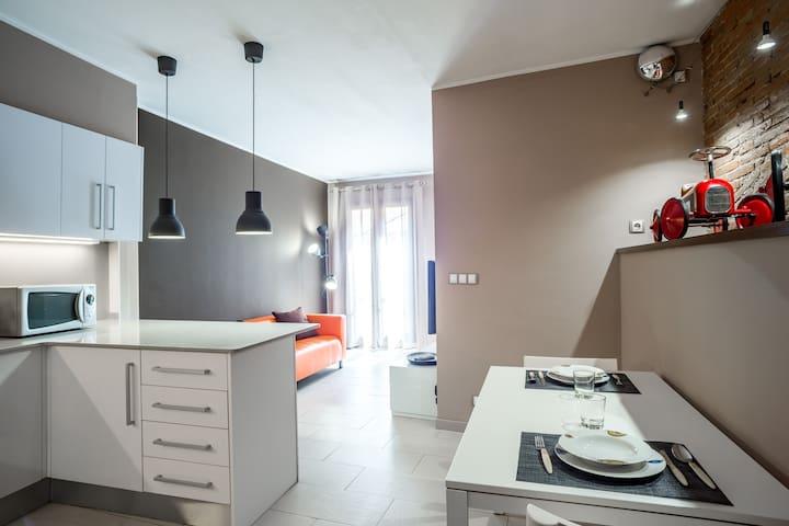 PEP01 · Moderno Apartamento a 2 min del Museo Dalí