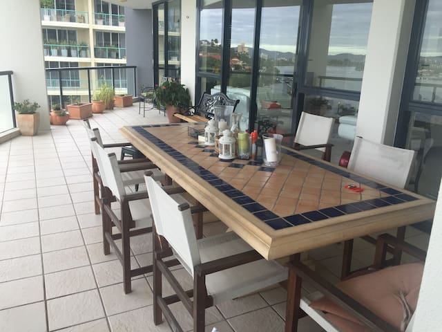 River View Appartment - Hamilton - Apartamento