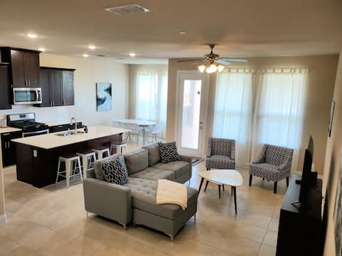 Modern business ready and family friendly townhome