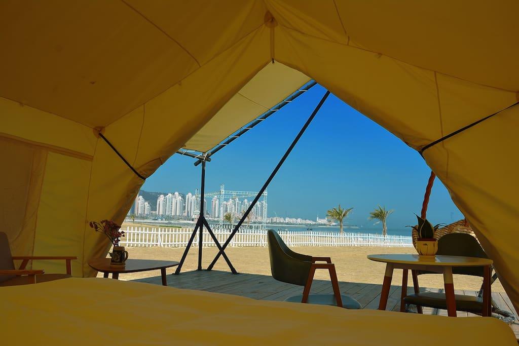 帐篷房面朝大海