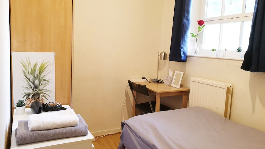Comfy Single Room-Euston/St Pancras/King's Cross