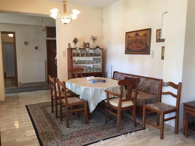 Apartment Korinos Mama Machi