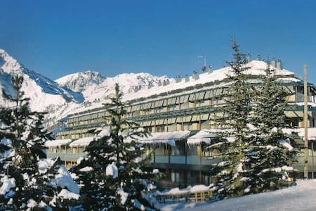 Cosy new flat on the ski slopes! - San Sicario Alto - Apartmen
