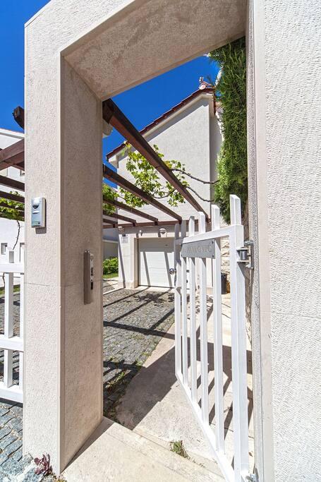 Villa Zivana Exterior