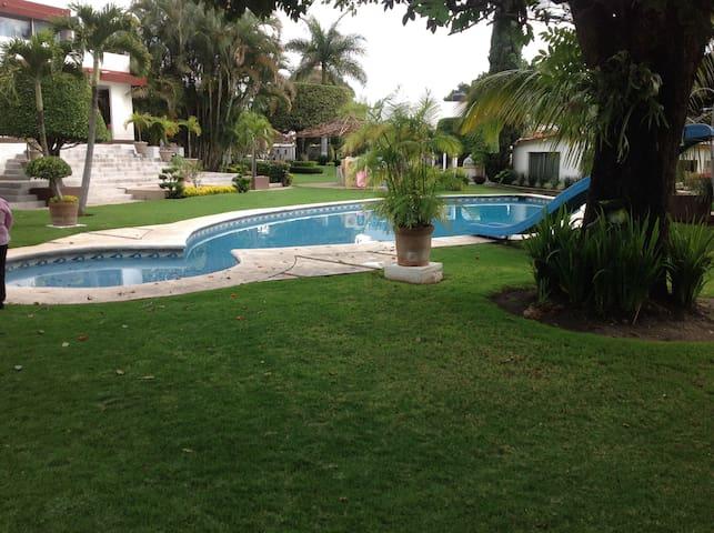 House for Rent in Cuernavaca (near the go-karts) - Cuernavaca - House