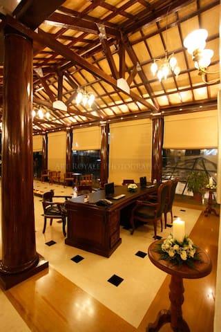 Luxury Apartment in Koregaon park 1