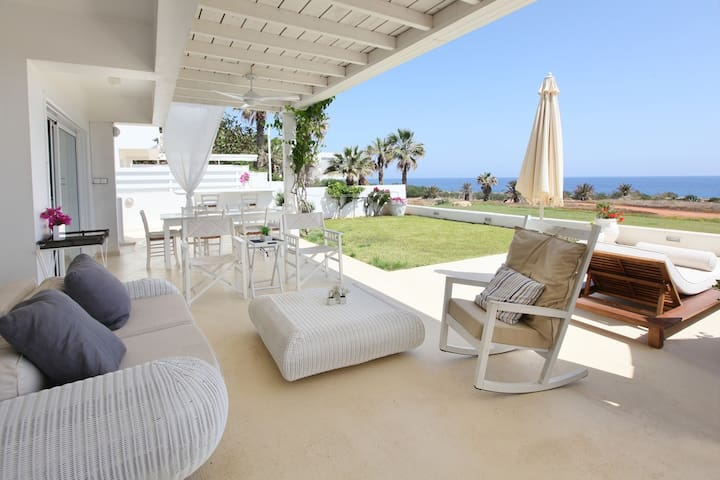 Family Lovers, Villa 18 - Ayia Napa - Rumah
