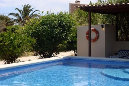 Formentera-clot des cau 3-Es pujols - Formentera