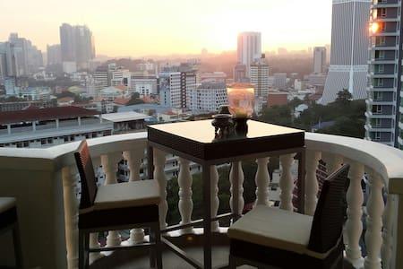 4br 2700sf Penthouse in heart of KL - 吉隆坡 - 公寓