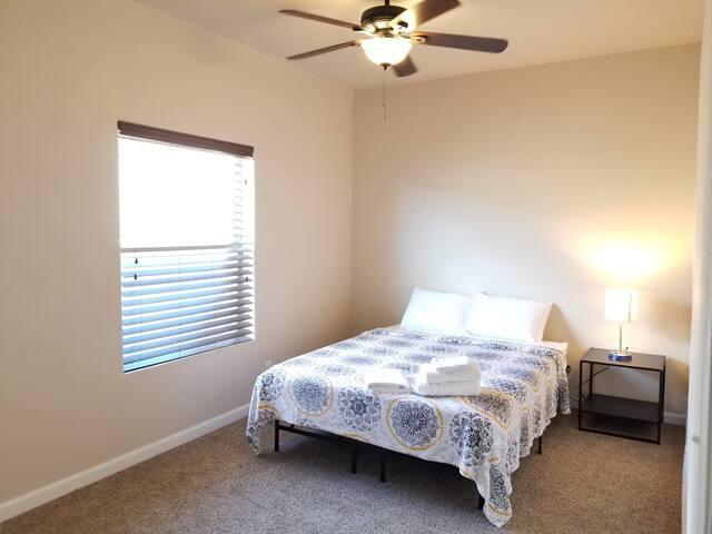 Room #7 - Large & Comfy