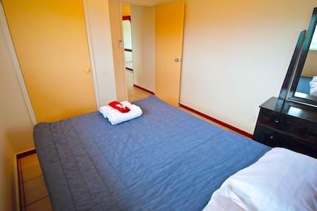 Clean Double Bedroom - Tonga Holiday Villa - Nuku'alofa - Vila