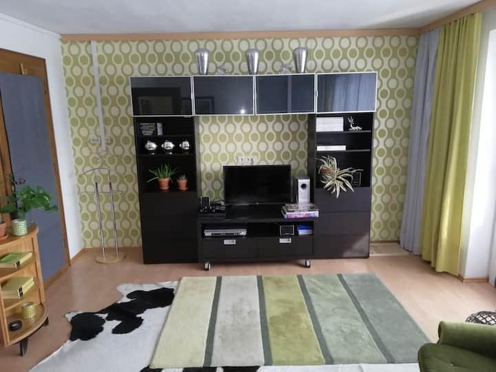Tolle komplette Wohnung mit Parkpl. bei Salzburg.