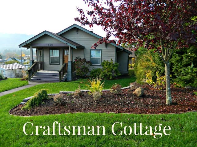 Charming Craftsman Cottage in the heart of Port Angeles