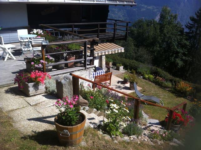 Schönes Chalet mit einmaligem Panoramablick - Salvan