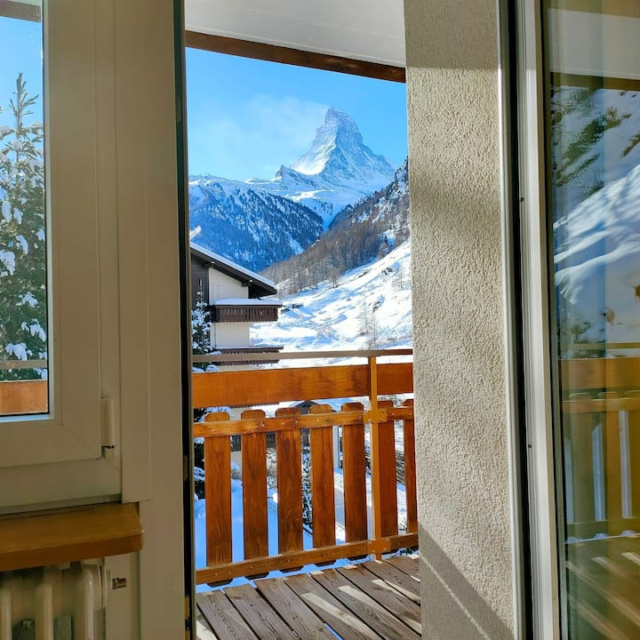Sun Valley Lodge  Cosy Lodge / 2 1/2 room apartment with Matterhorn view 4