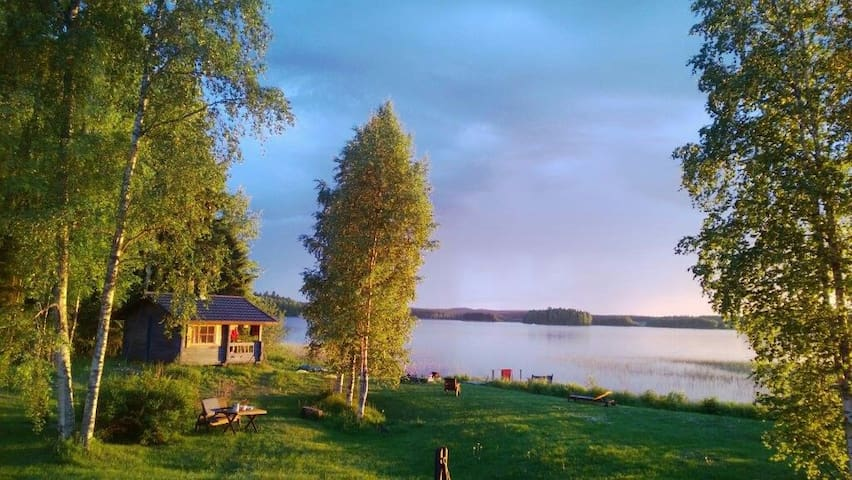 A lakeside house for 8 - iisalmi - Rumah
