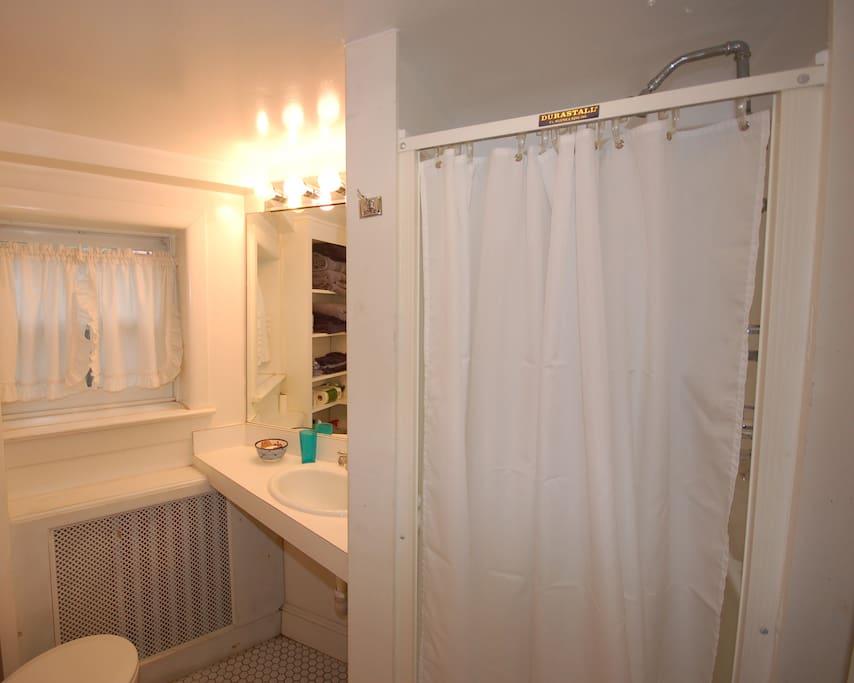 Shower only bath (no tub)