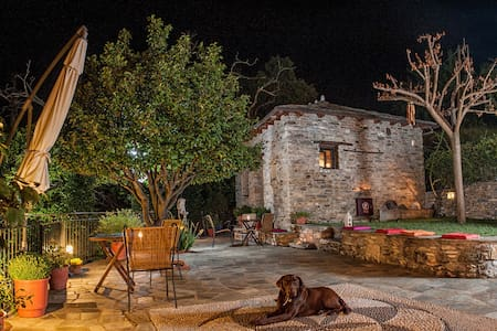 Double B&B Room with mountain view - Mouresi