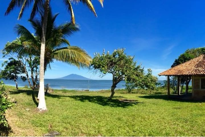 Chalet Don Paco, overlooking the Nicaragua Lake