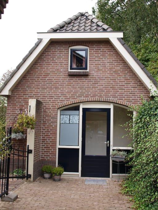Vrijstaand logeerhuis huizen te huur in oldebroek for Huis te huur in gelderland