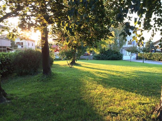 Alloggio in villa con giardino - Fossalta di Portogruaro - Casa de campo