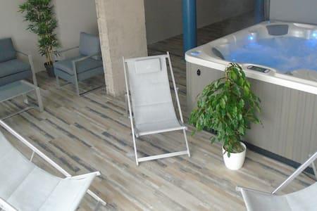 Villa L'Océane****, 260m², 50m de la plage, SPA