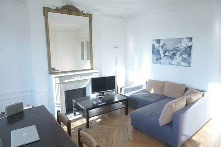 Beautiful Bedroom in Haussmannian flat