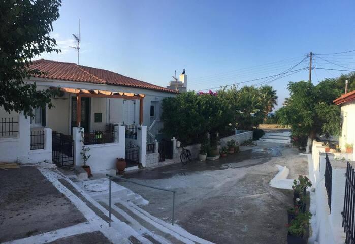 Andros Σπίτι στην παραλία Χώρας Άνδρου