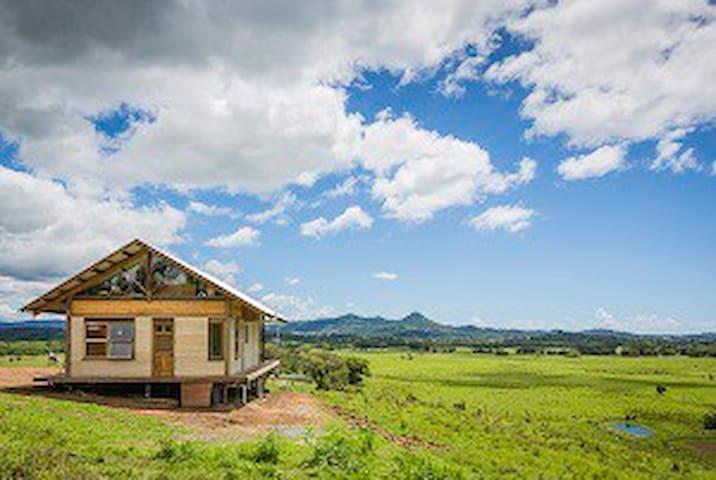Skyfarm-Hemp House ON THE FARM in Byron Hinterland