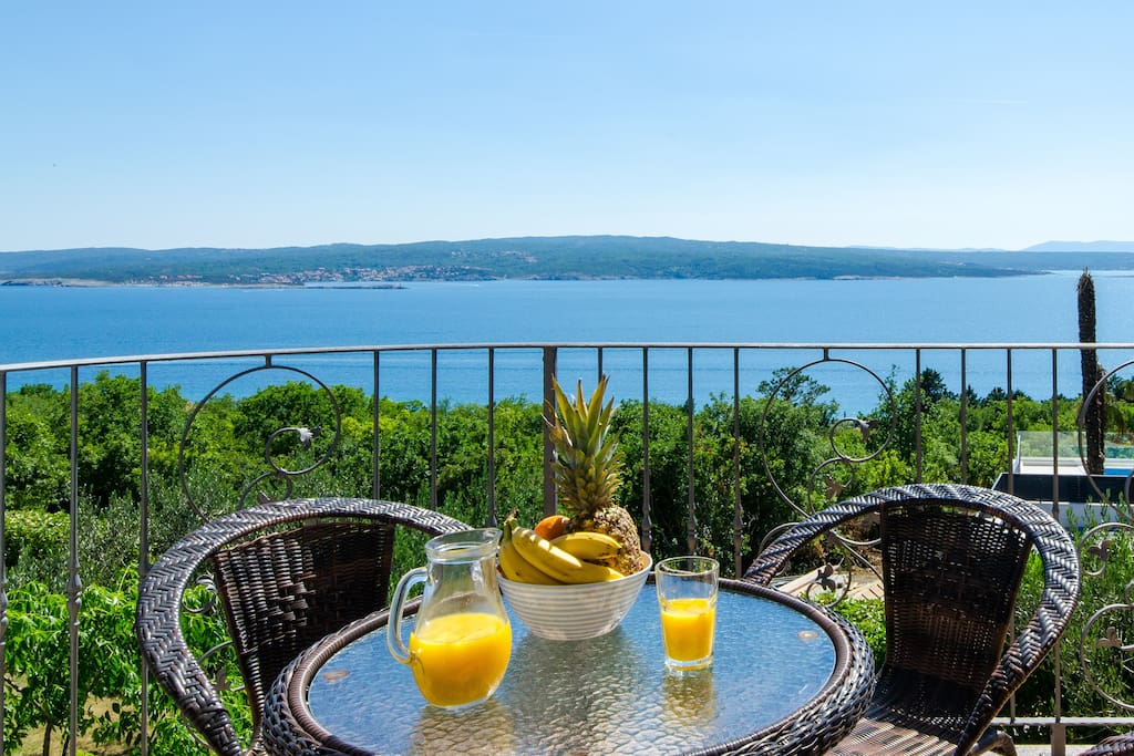 Wake up to an amazing sea view at Hideaway Crikvenica
