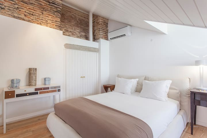 Chiado Loft 3 Fantastic New Place Apartments For Rent In Lisbon Lisbon Portugal
