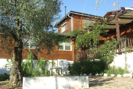 Great house in the country - Pilas - Aamiaismajoitus