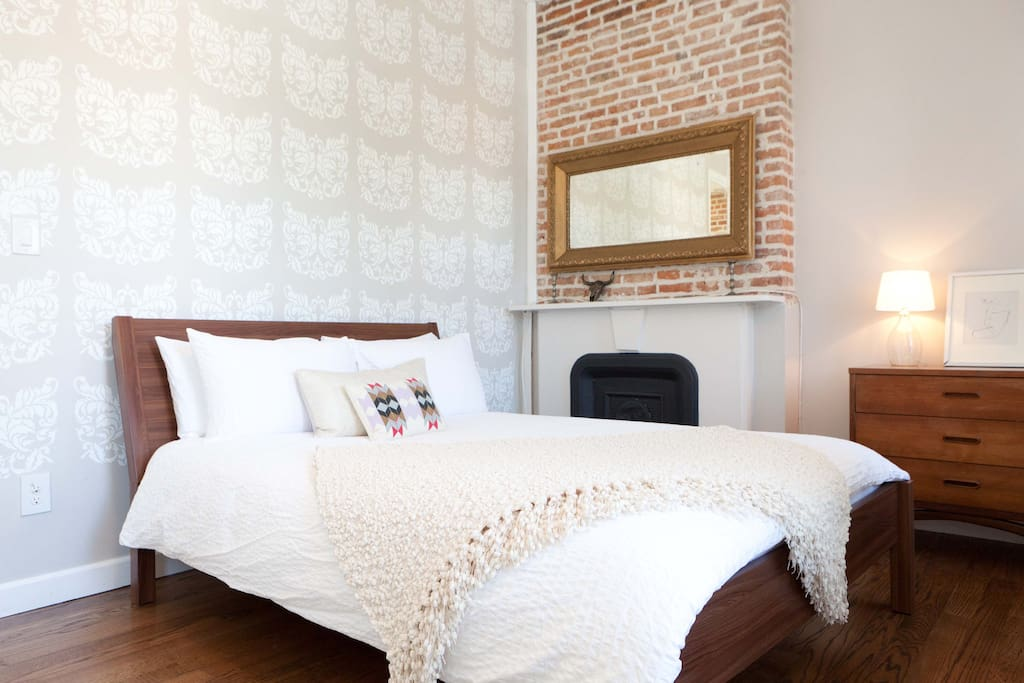 Sun filled 2BR in BedStuy Townhouse