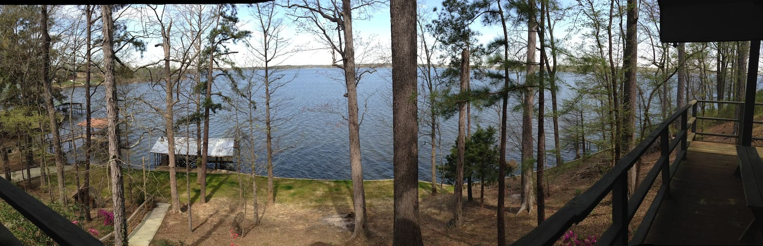 Lake House : Mid-Lake Toledo Bend - Many - Casa