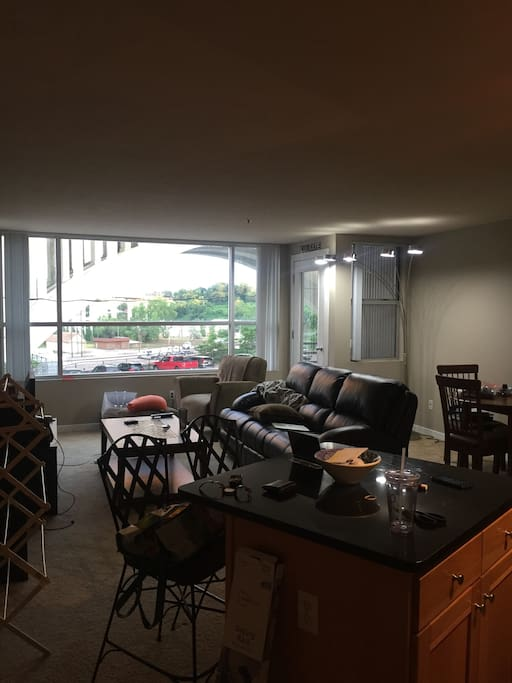 Living Room: tons of light and great views