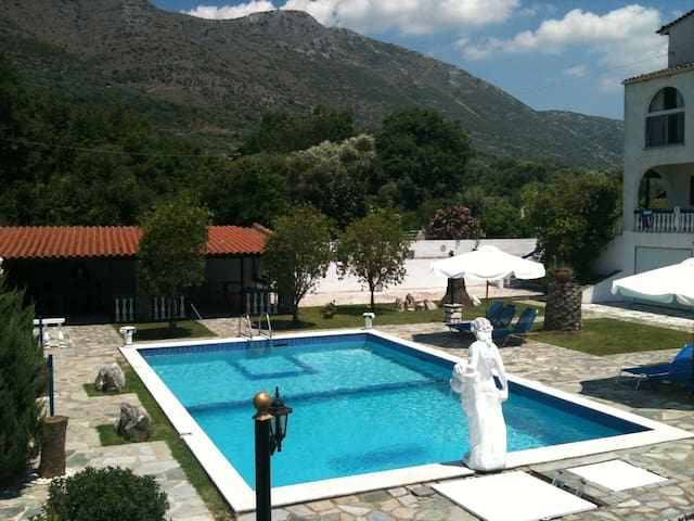Studio 1 for 2 persons Swimming Pool in Plataria - Plataria - Apartament